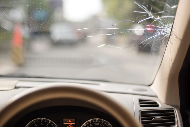 3 Common Causes of Windshield Damage
