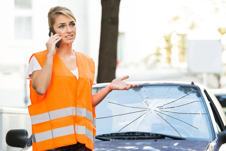 How to File a Windshield Replacement Claim